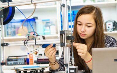 Cómo animar a las niñas a romper la brecha de género y estudiar ciencias